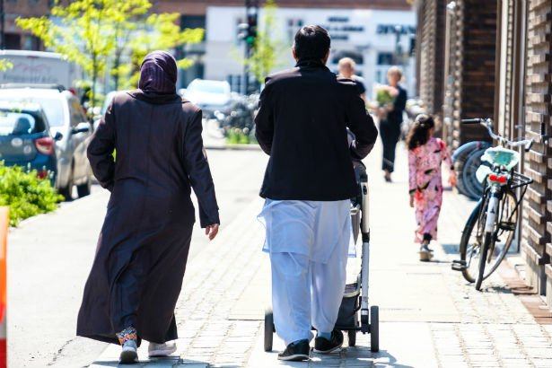 Stor debat om sharia-imamen Abu Bashar  men...